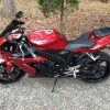 2005 Yamaha YZF-R1 Shift Red - $5000 (NEWFIELD)
